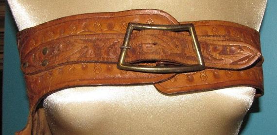 vintage western tooled leather cowboy gun holster wide hip