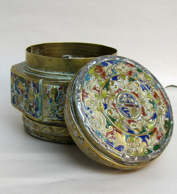vintage enamel box Hollywood Regency chinoiserie colorful cloisonne
