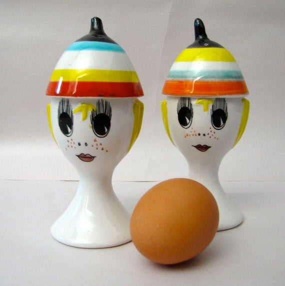 Mid Century Mod Italian Ceramic salt and pepper egg cup pair Raymor