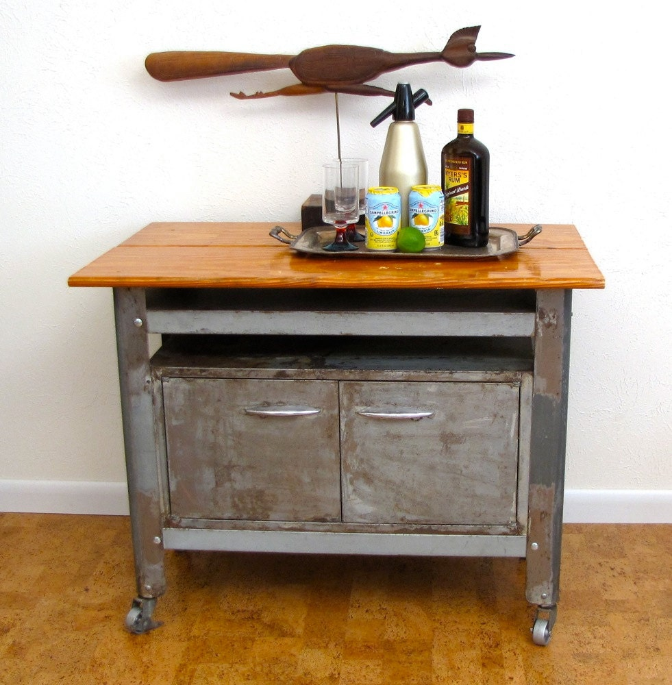 Vintage Industrial Furniture: Vintage Industrial Furniture Rolling Cart Storage Bar Work
