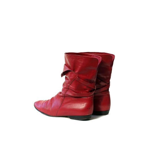 size 7 red leather boot
