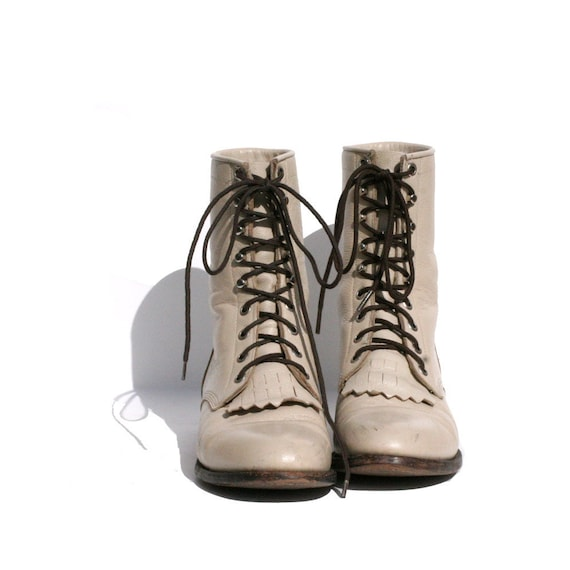 size 7 JUSTIN off white leather ankle boots