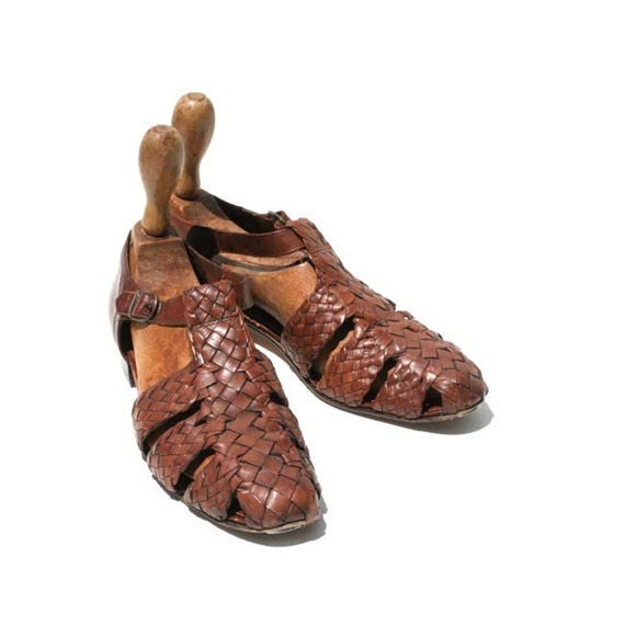 Size 8.5 Italian Brown Leather Weave Sandal