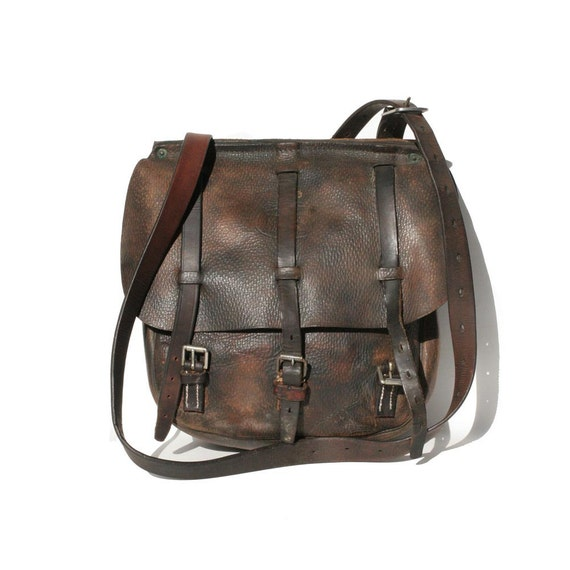 Vintage Brown Leather Strap bag