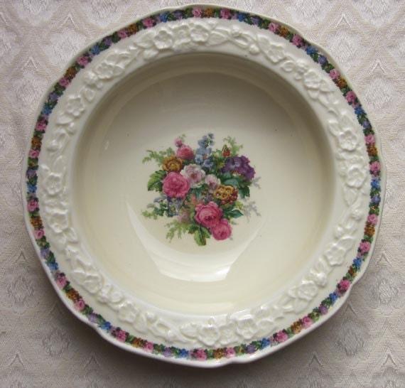 Vintage Crown Ducal Gainsborough England RoNo 749657 Dessert Bowl Embossed Chintz