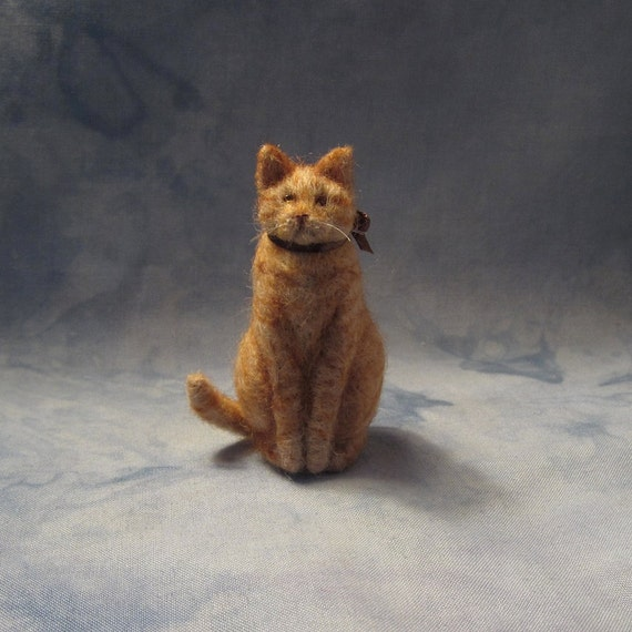 READY FOR ADOPTION Needle-Felted Sitting Kitty with chocolate bow (4912)