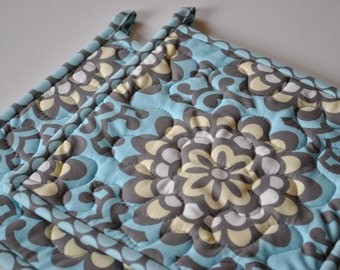 Amy Butler Potholders, Designer Potholders,  Wallflowers in Sky, Lotus Collection