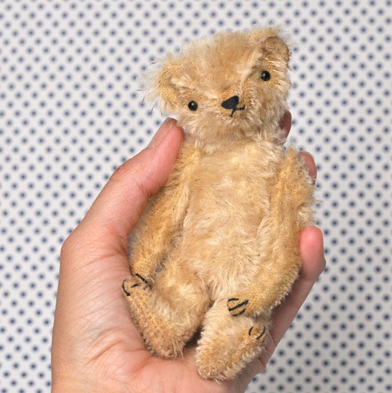 PATTERN PDF: Maxwell the Little Mohair Bear