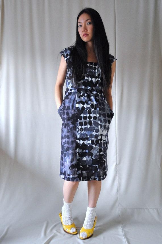 Christmas Sale 25% off Black & Gray Abstract Dot Print Dress