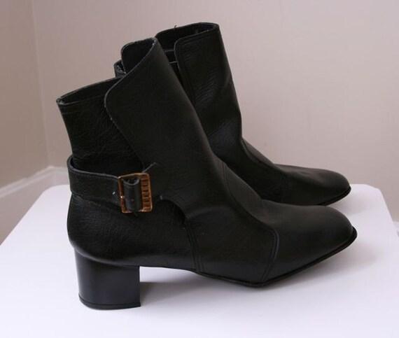 Vintage mod black leather boots size 9