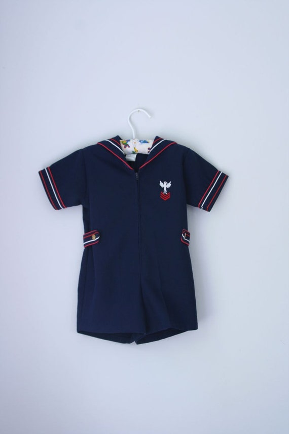 reserved for c and e.....VTG Sailor outfit 3T
