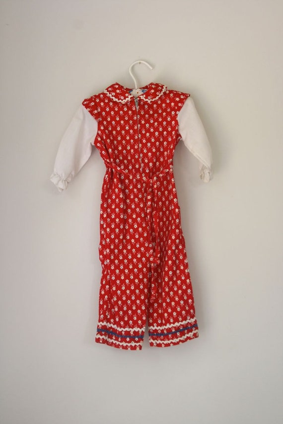 VTG red and white floral jumpsuit