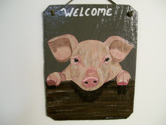 Welcome Slate with little pig