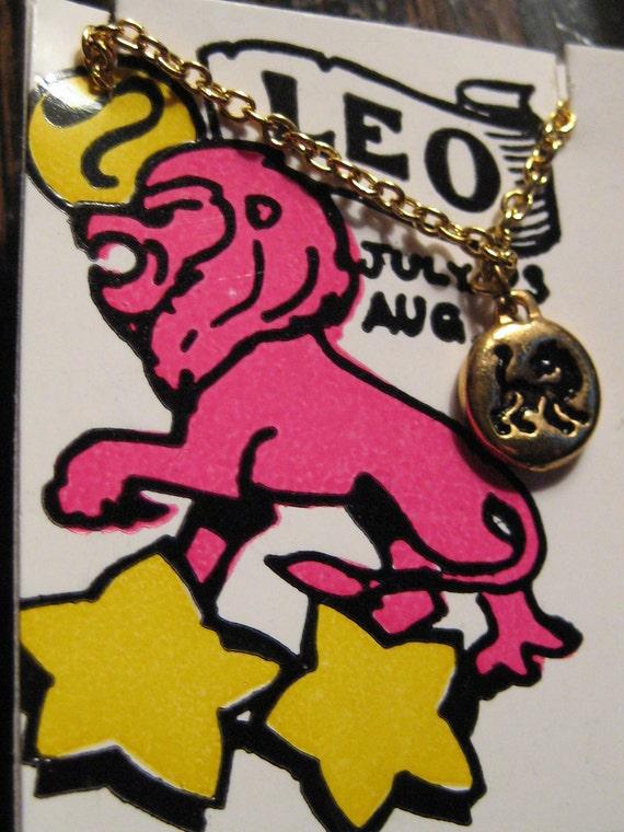 Groovy Leo zodiac necklace 1970's