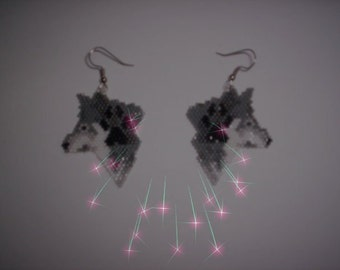 Brick Stitch Wolf / With Paw Delica Seed Beading Dangle Earring PDF E-File Pattern-114