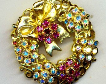 Vintage Gold Christmas Wreath Pin Recycled Upcycled Brooch . Fuchsia Swarovski Rondelles - Classic Holiday Lights by enchantedbeas on Etsy