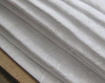 5m Handmade White Cotton Bias Binding