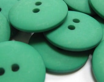 Plain Green Buttons 20mm 24 pieces