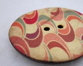 Large Retro Print Coconut Button