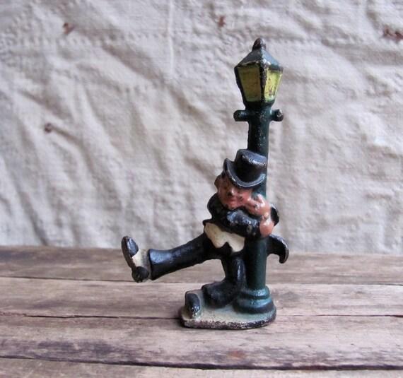 Vintage 1940s Cast Iron Figurine // Drunk Man On A Lamp Post