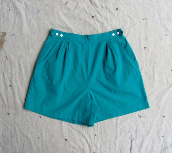 vintage c. 1970s teal snap front high waist shorts m