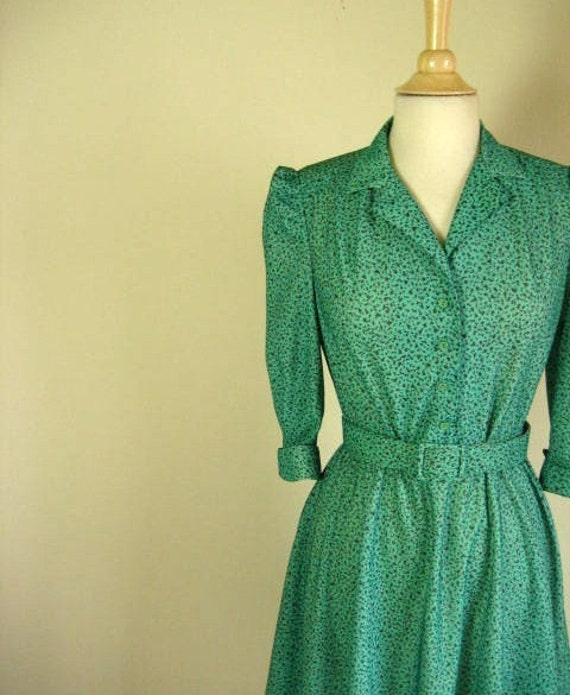 RESERVED for Sablim15-pls do not purchase-Vintage Green Polka Dot Secretary Style Dress with Belt- Size S-M