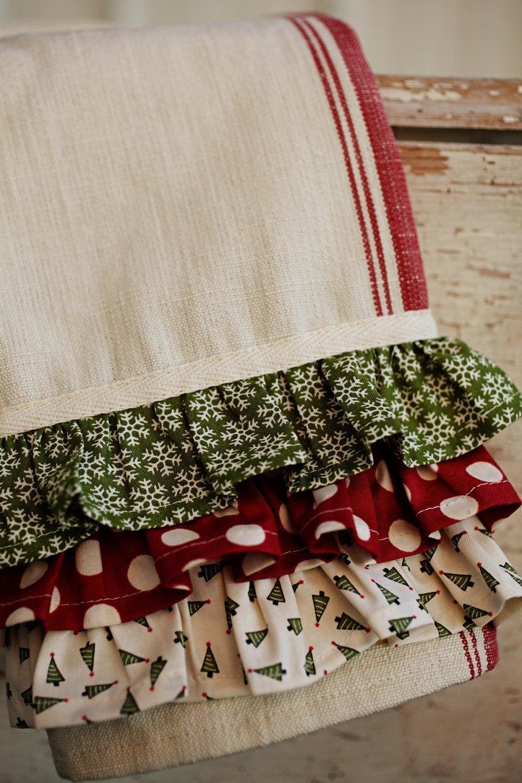 Christmas Kitchen Towel with Ruffle Kit