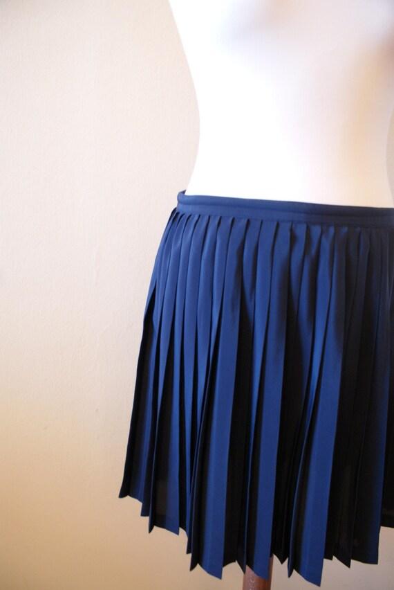 navy blue pleated mini skirt