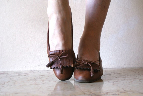 Library Chic Leather Fringe and Bow Heels 7.5