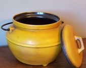 Vintage Yellow  collectable California Pottery