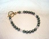 Swarovski Pearl and Crystal Bracelet 7 3\/4 inches