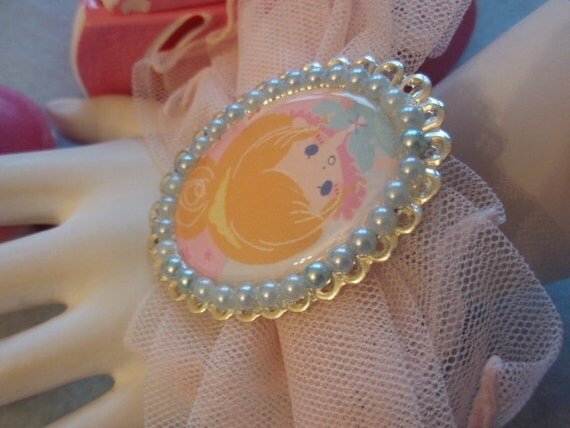 20% OFF Fairytale Cinderella Japanese Character Baby Pink Cuff Bracelet