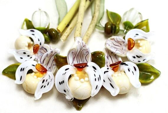 Orchid Ladys-Slippers Set Ivory-Topas Lampwork Beads by Jopanda (SRA)