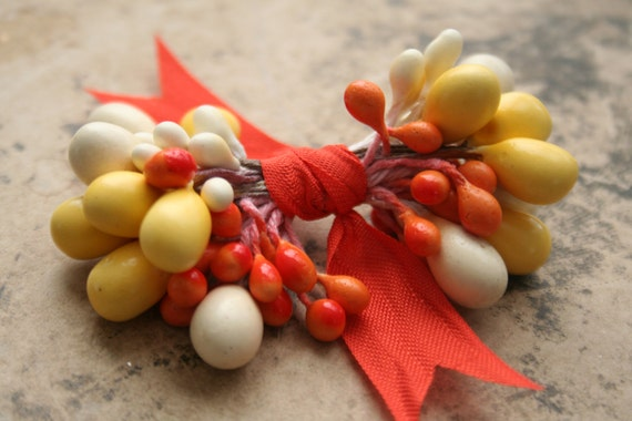 Millinery Stamen Bundle Candy Corn Yellow Cream and Orange Halloween Double Ended Stamen Pips for Flower and Corsage Making