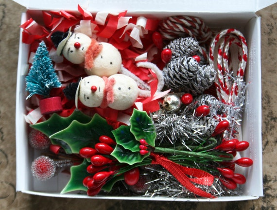 holly jolly spun cotton snowman holiday decorating kit