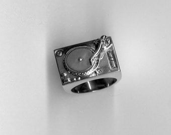 Turntable Ring - Record Player in Sterling Silver - Free Shipping in the USA