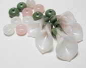 EASTER LILIES Soft Pink Flower Beads with Sage Green and matching spacers handmade artisan lampwork sra