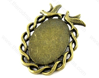 Oval Pendant Setting with Birds - Antique Brass - 18x25mm Cabochon - 10 pcs - SF026