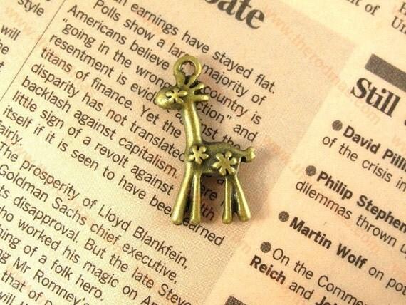 Giraffe Charm - Small Charm - Antique Brass - 30 x 15mm - Set of 10 SE069
