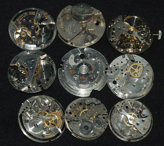 Destash Steampunk Watch Parts Movements Cogs Gears  Assemblage MD 99