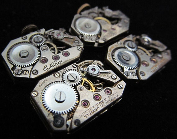 Vintage Antique Rectangle Watch Movements  Steampunk Altered Art Assemblage TQ 42