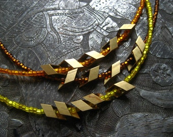 Wheat Layering Necklace. Bright Yellow.