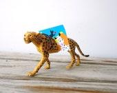 Cheetah. Vintage Animal Magnet Photo Holder - Gallivanting Girls Original