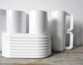 Set of 4 Heller Style White Stacking Plates and Mugs