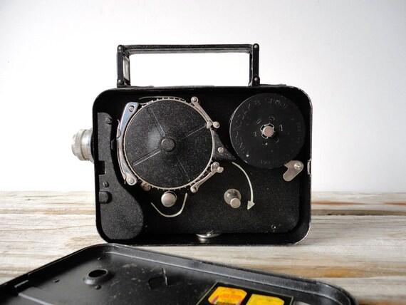 Vintage 1930s Kodak Cine Eight Model 25 with Case. 8mm Movie Camera