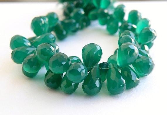 Onyx Briolette AAA Gemstone Emerald Green Faceted 3d Teardrop Briolette 11.5 to 12.5mm