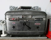 UPCYCLED SIlver VINTAGE Train Case with Black Stars and Skeleton Keys STEAMPUNK Luggage