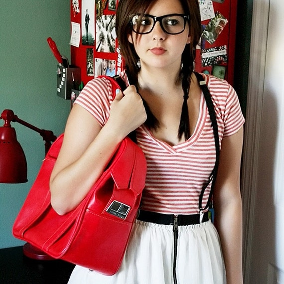 VINTAGE Strawberry Red TOTE Travel Bag LUGGAGE