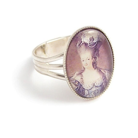 Classic Queen Marie Antoinette ring Let them eat cake Adjustable