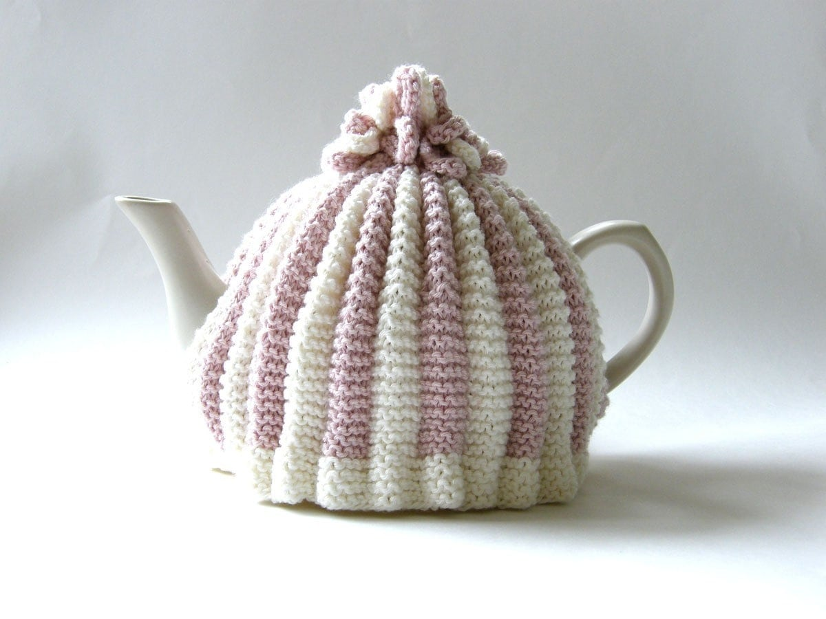 Knitting Pattern For Yoda Tea Cosy : Knitted Tea Cosy Pink and White